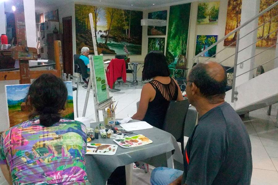 aula-de-pintura-em-tela-para-iniciantes-professor-costerus